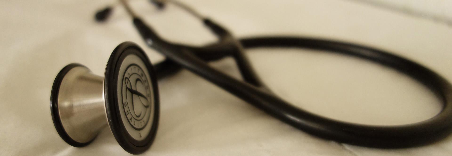stethoscope-2359757_1920 2